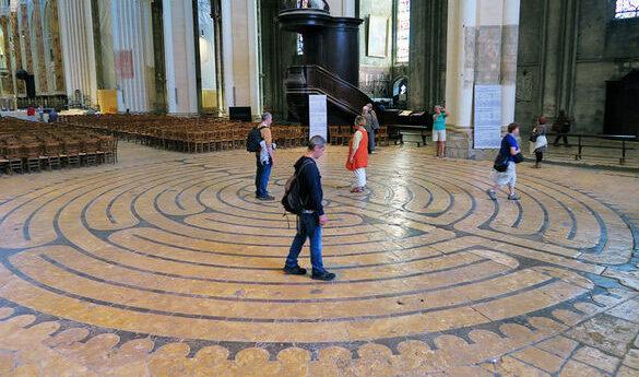 Numeri e Simboli - Il labirinto della Cattedrale di Chartres